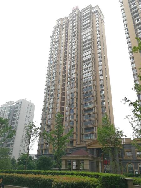 绍兴越城法院拍卖房:绍兴市柯桥区钱清镇盛世钱门公寓4幢3303室房地产