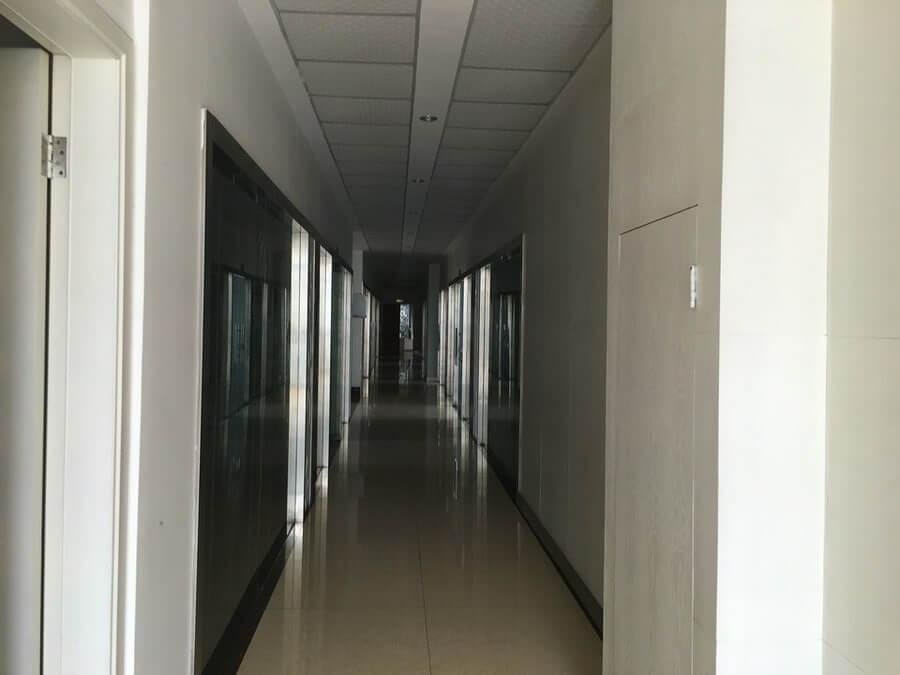 绍兴袍江厂房拍卖:绍兴山一机械制造有限公司位于袍江三江路北侧、规划支路东侧工业房地产