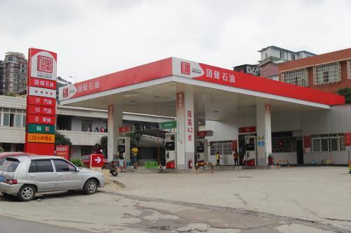 租赁加油站模式下特许经营证照的法律风险