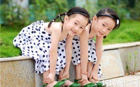离婚时,双胞胎的抚养权应当如何确定?