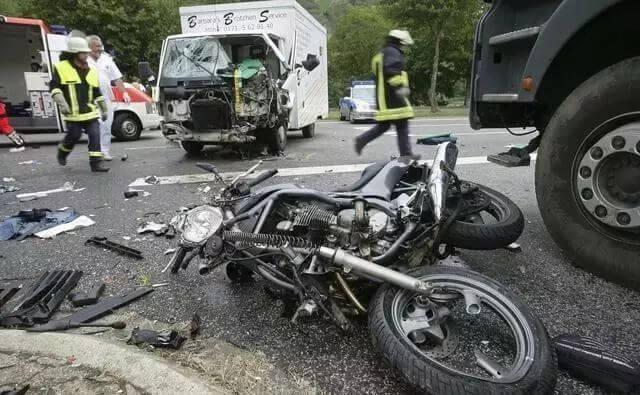 发生交通事故后,成为无、限制民事行为能力人该如何得到赔偿?